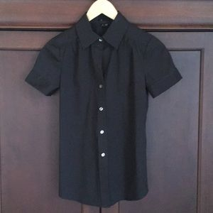 Theory short-sleeved black button down. Size P.